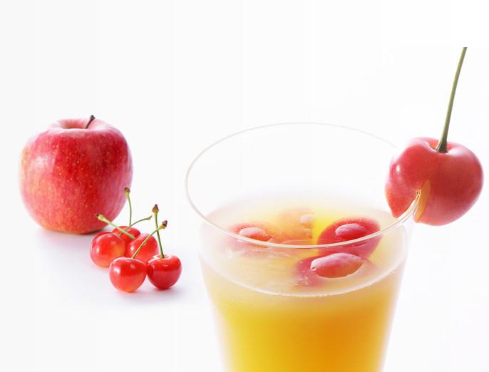 「リンゴ さくらんぼ画像」の画像検索結果