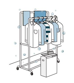 衣類乾燥除湿機が部屋干ししている洗濯物にナノイーを送り清潔にしているイラストです。