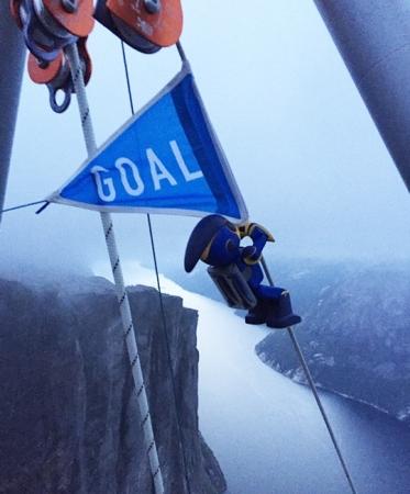 累計約130万人が視聴!乾電池エボルタNEOでノルウェーフィヨルド1,000mの登頂に成功!チャレンジ達成キャンペーンも実施中!
