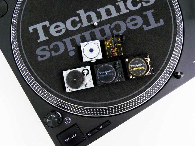 TechnicsのターンテーブルやミキサーなどのDJ機器がミニチュアフィギュア化!「SL-1200MK2」など全5種が株式会社ケンエレファントより2020年11月下旬に発売。